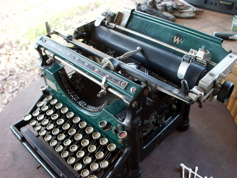 Typecast on Drago, 1920 Underwood #5