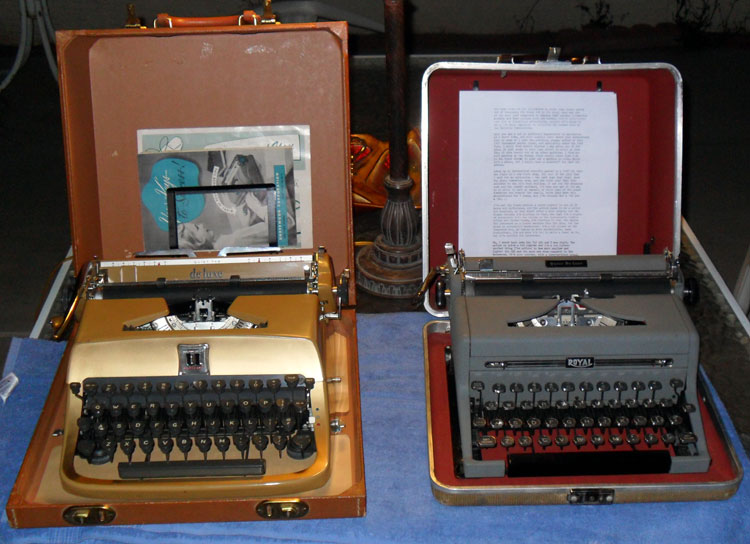 SAM 4086 Type Off: 1957 Underwood Golden Touch vs. 1949 Royal Quiet De Luxe