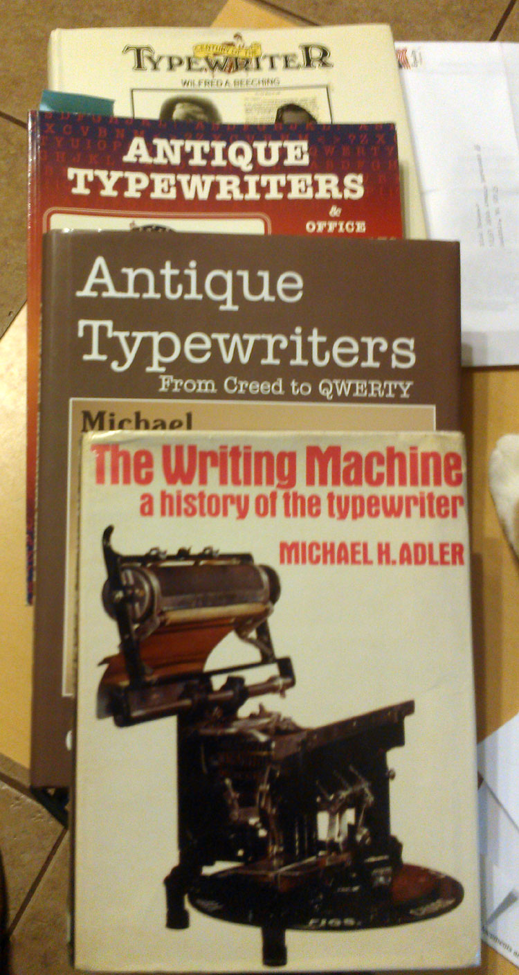 IMAG0772 Show all 603 Known Typewriter Manufacturers and Marques...