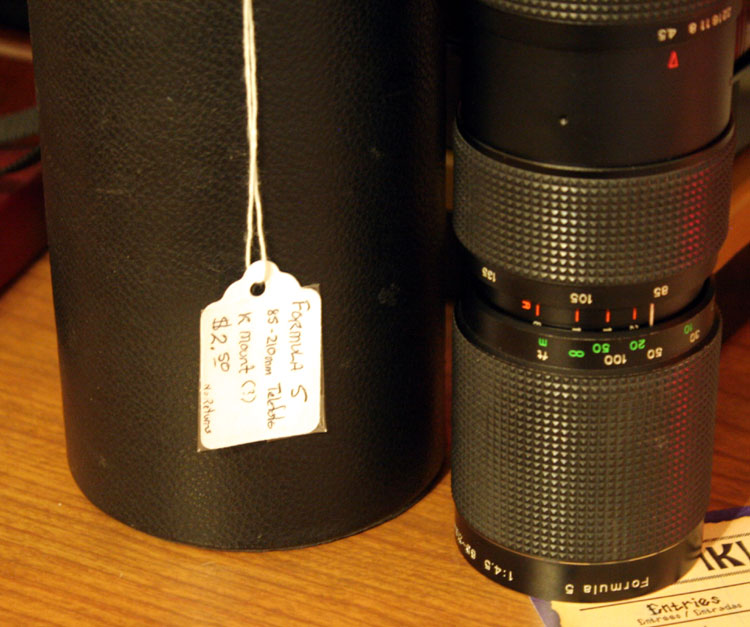 Formula 5 1:4.5 85-210mm zoom telephoto lens with pristine case, and you read that right - $2.50 :D