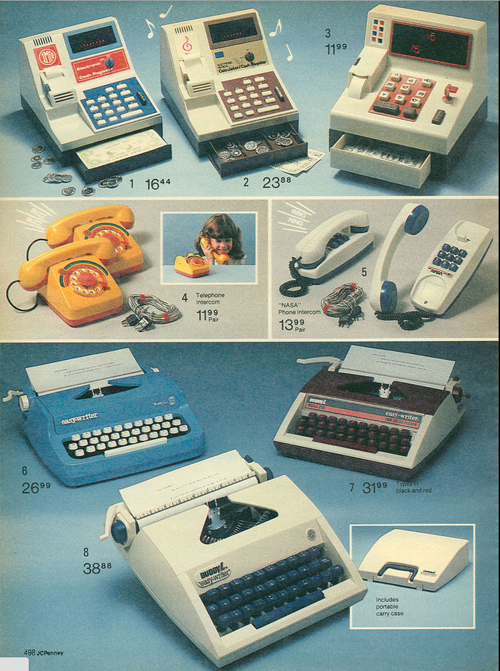 1982 jcpenny easywriter Toy Typewriters from Sears, JC Penny, Montgomery Wards, Aldens and Eatons Christmas Catalogs: 1957 1983