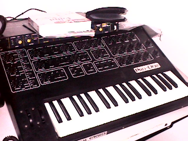 Revision 1.2 Sequential Circuits Pro-One, made February 8, 1983, probably towards the end of the J-wire keyboard production, just before the design switched to the unrestorable membrane-connection keyboard.