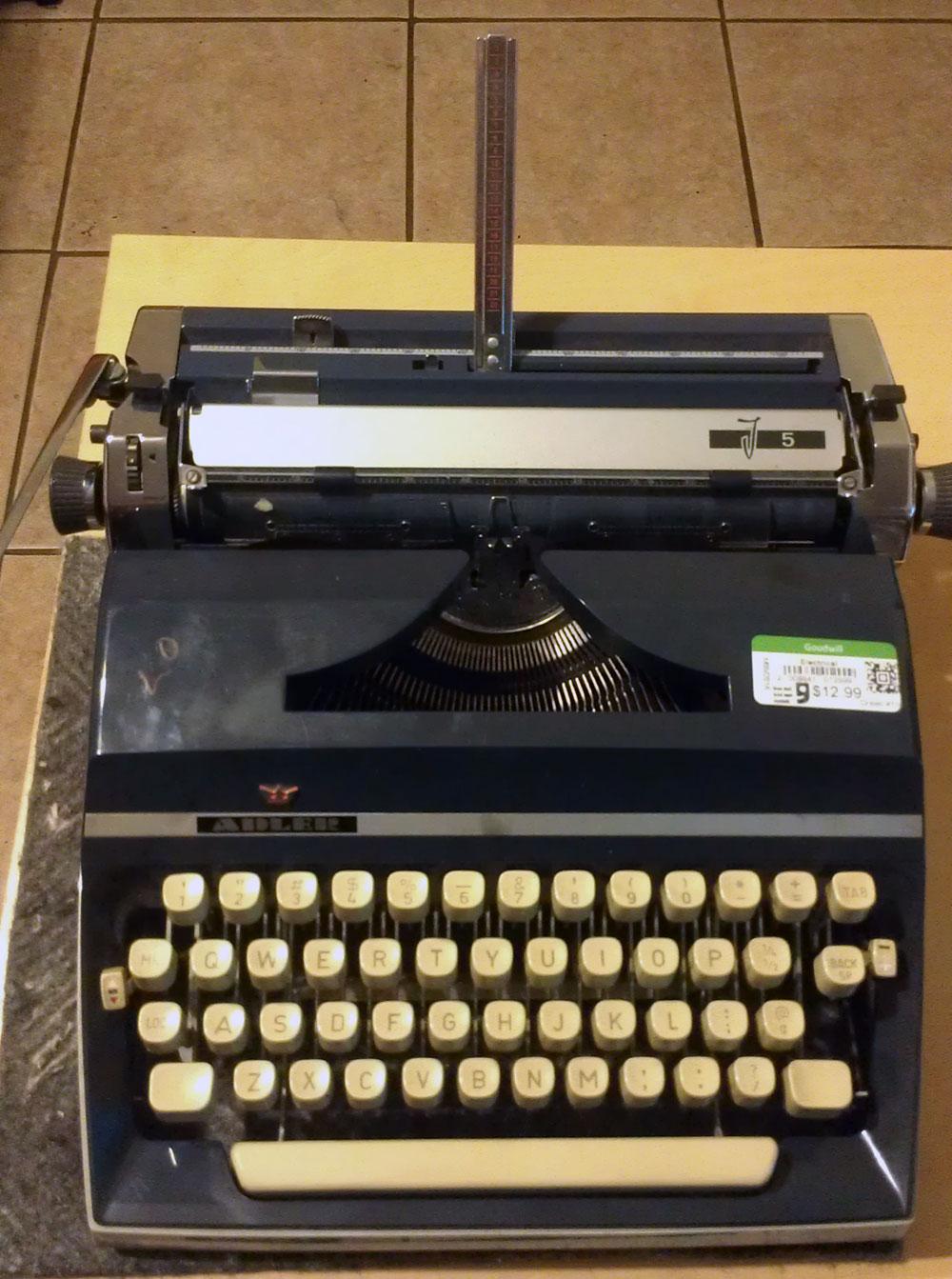 1974 Adler J5, Elite Typeface.